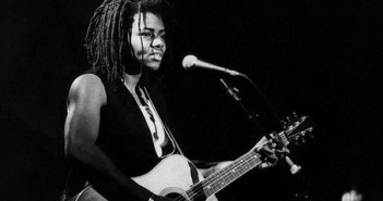 Tracy Chapman at the Bob Dylan, the 30th anniversary celebration (1992)